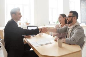 Encontrar soluciones de deuda con la ayuda de un administrador de insolvencia con licencia