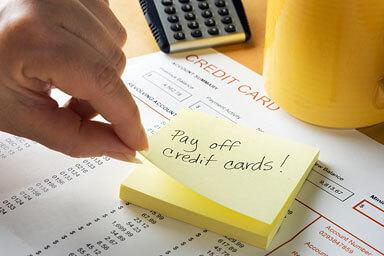tarjetas de crédito de pago de nota post-it