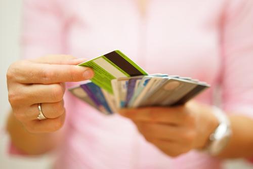 Es necesario usar de la manera correcta el crédito al consumidor para lograr un buen puntaje crediticio sin problemas de deudas.